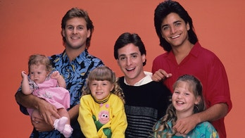 """UNITED STATES - SEPTEMBER 22:  FULL HOUSE - """"Our Very First Show"""" - Pilot - Season One - Cast gallery - 9/22/87, Bob Saget (centert) played widower Danny Tanner, the father of three girls, from left: Michelle (played by twins Mary Kate/ Ashley Olsen), Stephanie (Jodie Sweetin) and D.J. (Candace Cameron), who had his friend, Joey Gladstone (Dave Coulier, left) and the girls' Uncle Jesse (John Stamos) move in to help raise them.,  (Photo by Bob D'Amico/ABC via Getty Images)"""