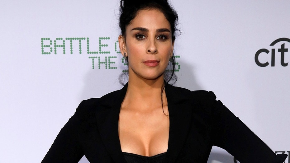 """Cast member Sarah Silverman poses at the premiere for """"Battle of the Sexes"""" in Los Angeles, California, U.S., September 16, 2017."""