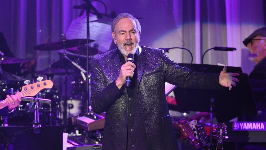 Neil Diamond performs at the Beverly Hilton Hotel in Beverly Hills, Calif., Feb. 11, 2017.
