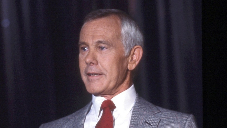 """Johnny Carson fans flush with cash can reportedly score a deal of sorts on the late """"Tonight Show"""" host's former home after it underwent a serious price drop of more than $10 million."""