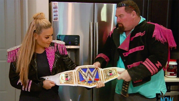 WWE superstars and legends pay tribute to Jim 'The Anvil' Neidhart