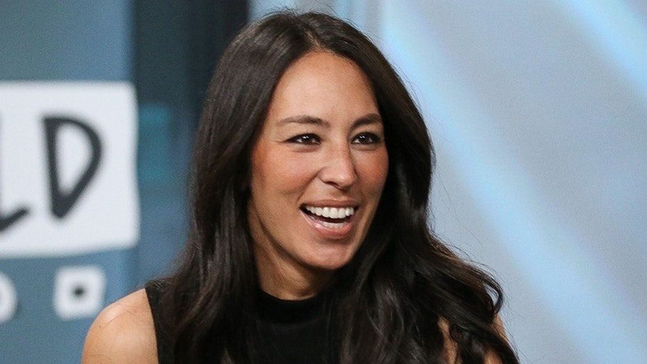 """Fixer Upper: Behind the Design"" star Joanna Gaines wrote an inspiring Instagram post on Aug. 14."