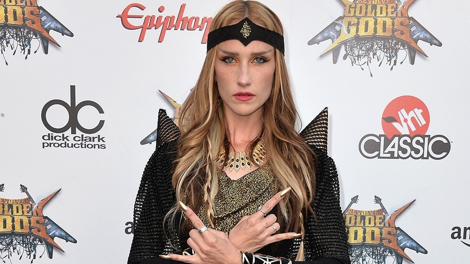 Huntress Singer Jill Janus Has Died, Aged 43