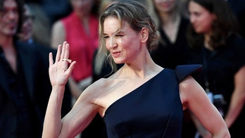 "Renee Zellweger arrives for the world premiere of ""Bridget Jones's Baby"" at Leicester Square in London, Britain September 5, 2016. REUTERS/Dylan Martinez - D1AETZPAWKAB"
