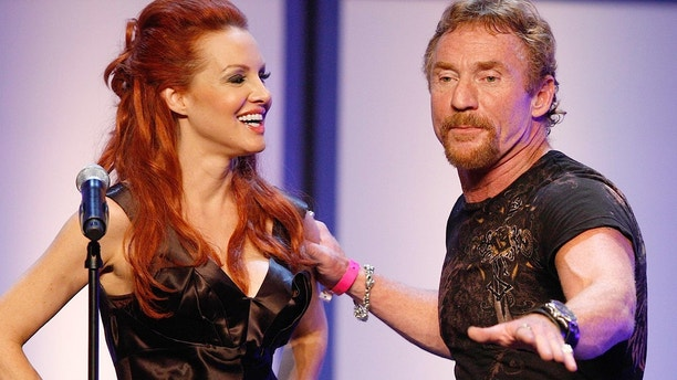 HOLLYWOOD, CA - SEPTEMBER 24:  TV personalities Gretchen Bonaduce and Danny Bonaduce attend the FOX Reality Channel Really Awards on September 24, 2008 at the Avalon Hollywood club in Hollywood, California.  (Photo by Getty Images for FOX)