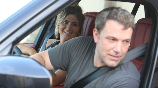 Love in the box! Ben Affleck and Shauna Sexton in love on sunday at Jack in The Box  august 19, 2018 /X17online.com