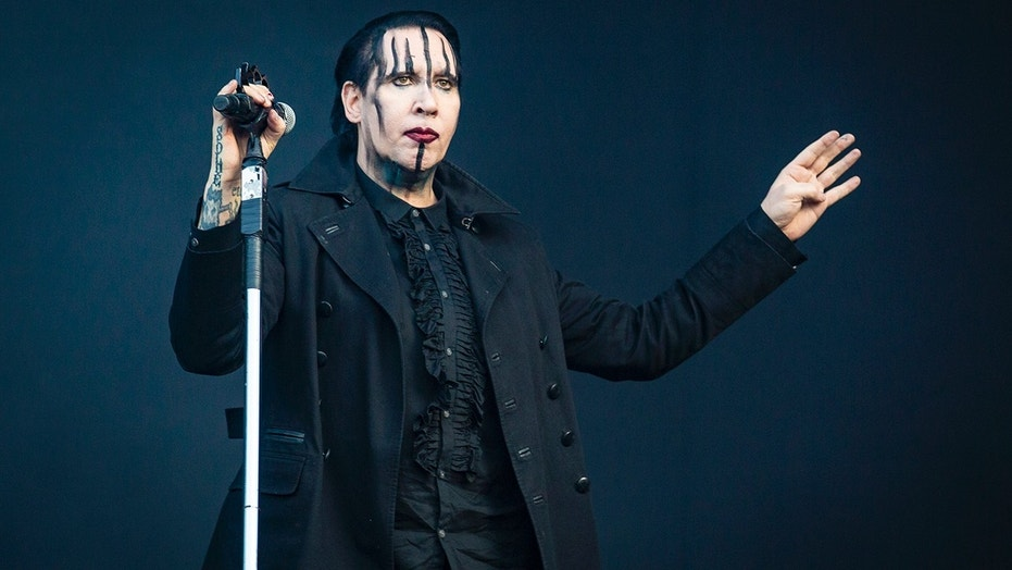 Marilyn Manson collapsed during a joint concert with Rob Zombie after reportedly being ill.
