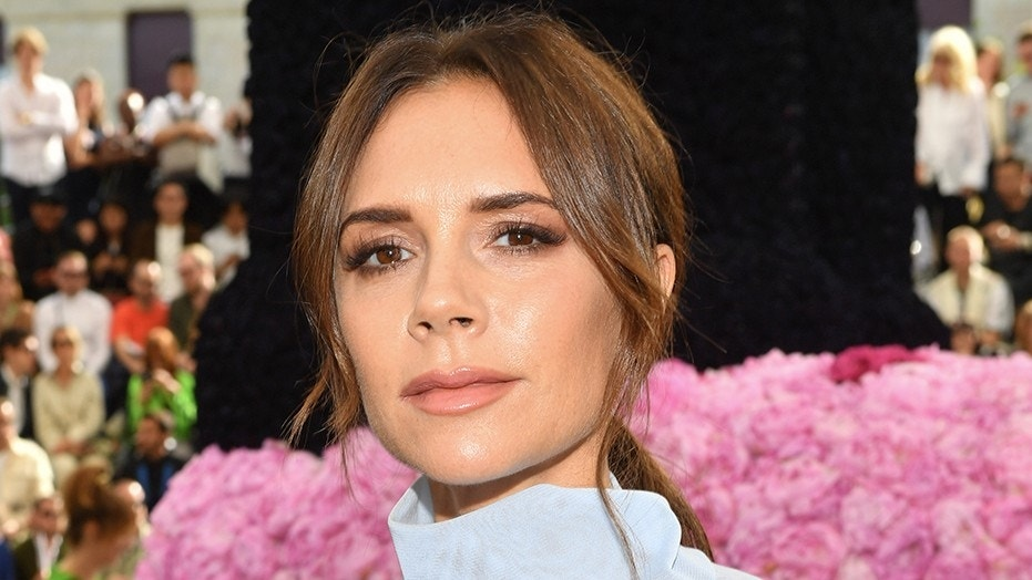 Victoria Beckham Reveals Daughter Harpers Haircut In Instagram Post