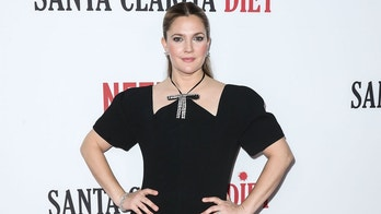 HOLLYWOOD, LOS ANGELES, CA, USA - FEBRUARY 01: Actress Drew Barrymore attends the Los Angeles Premiere Of Netflix's 'Santa Clarita Diet' held at ArcLight Cinemas Cinerama Dome on February 1, 2017 in Hollywood, Los Angeles, California, United States. (Photo by Xavier Collin/Image Press Agency/Splash News)Pictured: Drew BarrymoreRef: SPL1433371 010217 NON-EXCLUSIVEPicture by: SplashNews.comSplash News and PicturesLos Angeles: 310-821-2666New York: 212-619-2666London: 0207 644 7656Milan: +39 02 4399 8577photodesk@splashnews.comWorld Rights