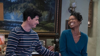 """THE CONNERS - """"Keep on TruckinÕ"""" - Actress Maya Lynne Robinson joins the cast of """"The Conners"""" as a series regular. (ABC/Eric McCandless)MICHAEL FISHMAN, MAYA LYNNE ROBINSON"""
