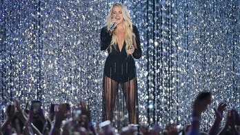 2018 CMT Music Awards - Show - Nashville, Tennessee, U.S., June 6, 2018 - Carrie Underwood performs. REUTERS/Harrison Mcclary - HP1EE6704V6KU