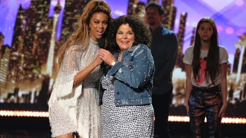 "AMERICA'S GOT TALENT --  ""Live Finale Results"" Episode 1322 -- Pictured: (l-r) Tyra Banks, Vicki Barbolak -- (Photo by: Trae Patton/NBC)"