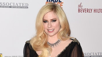 BEVERLY HILLS, CA - APRIL 20:  Singer Avril Lavigne arrives at the 25th Annual Race to Erase MS Gala at The Beverly Hilton Hotel on April 20, 2018 in Beverly Hills, California.  (Photo by Axelle/Bauer-Griffin/FilmMagic)