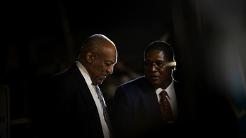 Actor and comedian Bill Cosby leaves court after deliberations in his sexual assault trial at the Montgomery County Courthouse in Norristown, Pennsylvania, U.S., June 16, 2017.  REUTERS/Charles Mostoller     TPX IMAGES OF THE DAY - RC119E409000