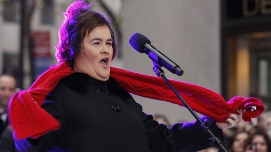 "British singer Susan Boyle performs on NBC's ""Today"" show in New York, November 23, 2009. REUTERS/Brendan McDermid  (UNITED STATES ENTERTAINMENT IMAGES OF THE DAY)"