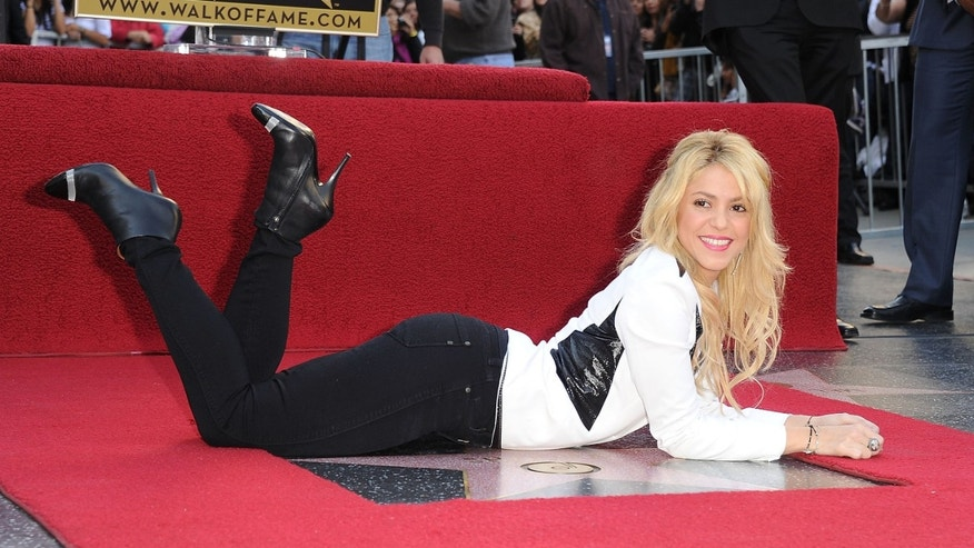 HOLLYWOOD, CA - NOVEMBER 08: Singer Shakira is honored on The Hollywood Walk Of Fame.