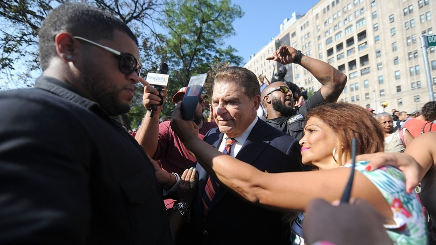 """NEW YORK, NY - SEPTEMBER 08:  Television personality Mario Kreutzberger also know as  Don Francisco attends New York City Co-Name's Street """"Don Francisco Blvd"""" In Honor Of """"Sabado Gigante's"""" Iconic Host on September 8, 2015 in New York City.  (Photo by Brad Barket/Getty Images for Univision)"""
