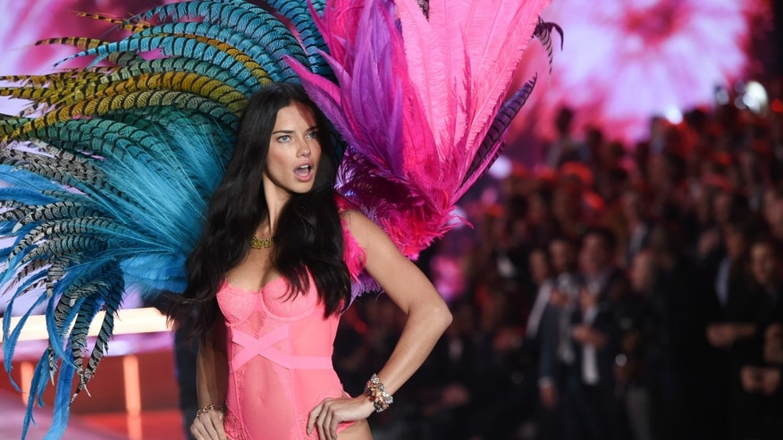 Model Adriana Lima walks the runway during the 2015 Victoria's Secret Fashion Show at the Lexington Armory on Tuesday, Nov. 10, 2015, in New York. The Victoria's Secret Fashion Show will air on CBS on Tuesday, December 8th at 10pm EST. (Photo by Evan Agostini/Invision/AP)