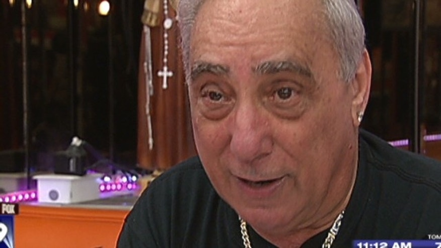 Joey Vento, owner of famous Philly cheesesteak stand Geno's Steaks, dies at age 71.
