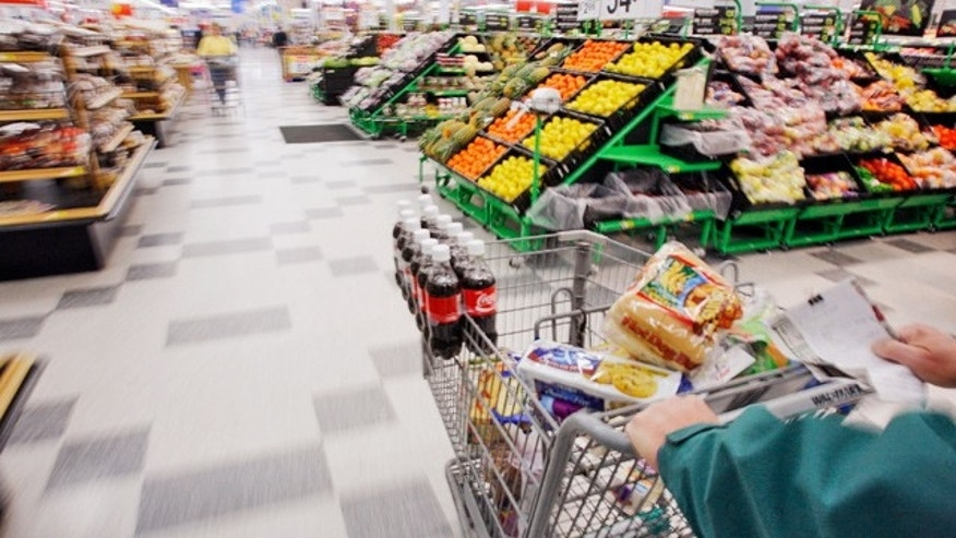 Studies show vast differences in the ways men and women shop at the supermarket.