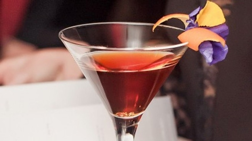 The cognac cocktail was served in a glass with three 1-1,5-carat diamonds and went for a cool $50,000.