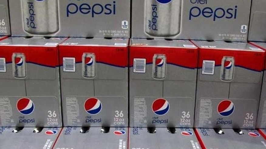 The decision to swap sweeteners comes as Americans keep turning away from popular diet sodas.