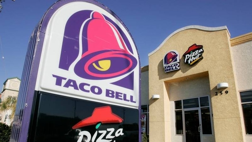 Taco Bell and Pizza Hut will be replacing several artificial ingredients with more natural alternatives.