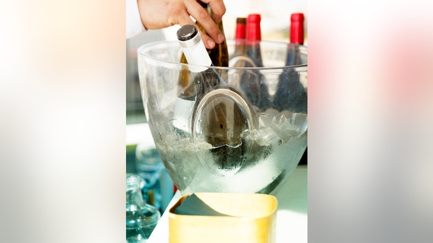 No time? No problem-- chill wine in minutes.