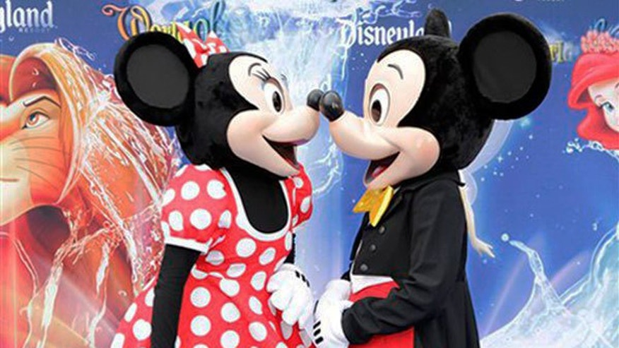 Disney fans may now be able to find a love as true as that of Mickey and Minnie.