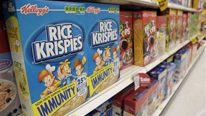 A disturbing video has surfaced showing a man urinating in the food production line at a Kellogg factory.