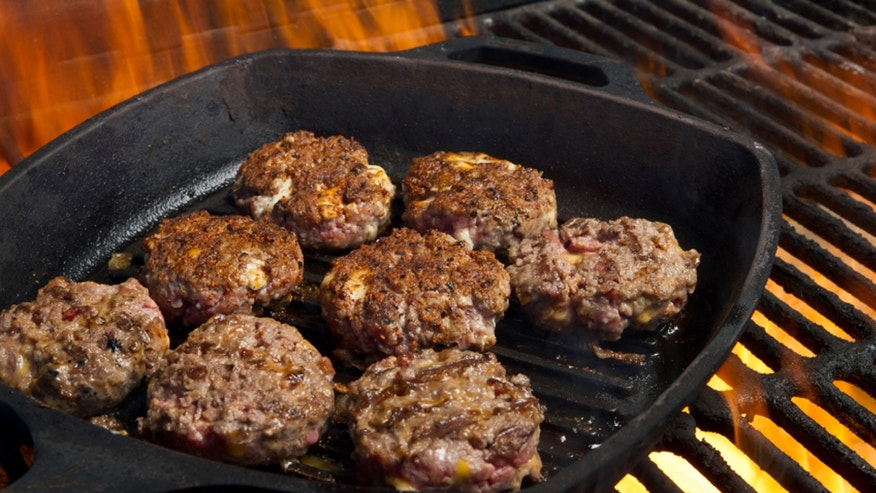 Cook juicy burgers that won't stick to your grill grates.