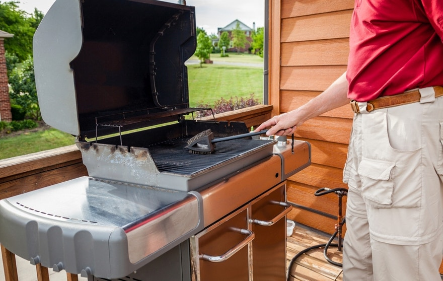 Whether you've got a traditional charcoal grill or five-figure gas grill, your barbecue needs to be cleaned before each use.