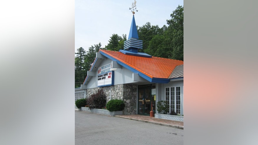 The soon-to-be last Howard Johnson's restaurant in Lake George, N.Y. still serves iconic dishes that have been on the menu for decades.