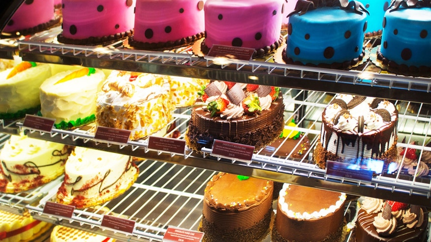 The British government wants restaurant sweets and treats to be less sugary.