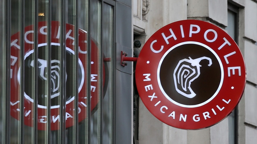 The logo of Chipotle Mexican Grill is seen at a restaurant in Paris, March 7, 2016.   REUTERS/Charles Platiau  - RTSABSU