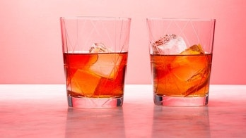 Fancy ice cubes at home