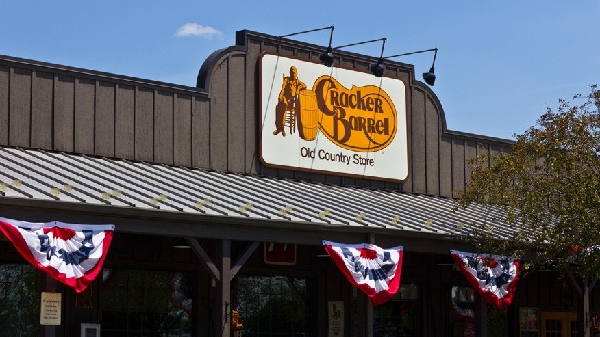Cracker barrel going hollywood chain to open first for Is cracker barrel open on christmas day