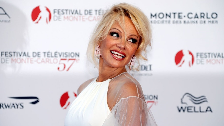 Pamela Anderson announced that she's no longer involved with La Table du Marche.