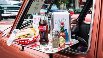 drive in food istock