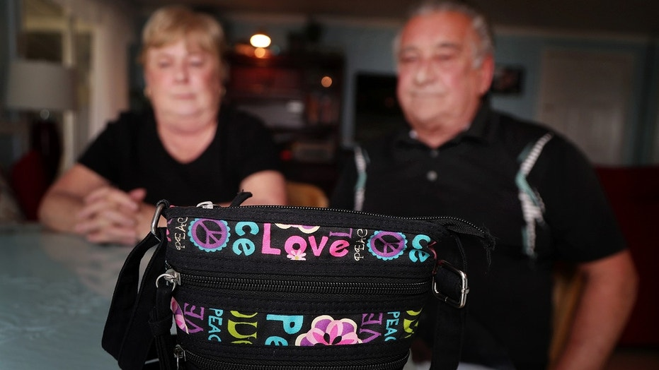 Florida couple Peggy and Francis Humanick stopped for a bite to eat and ended up leaving behind a purse containing their $1,500 savings.