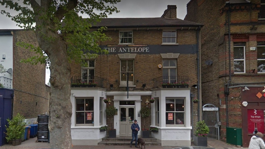 The Antelope Pub in England received a one-star review that actually highlighted all the pub's best features.