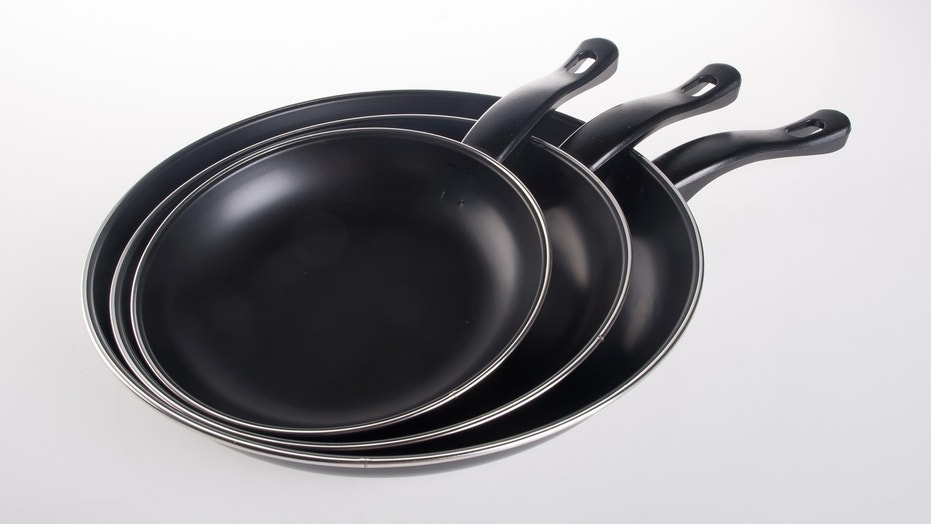 Chemicals in nonstick pans and food packaging linked to rapid weight gain