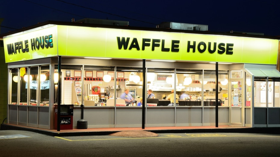 A Waffle House in Georgia remained open, despite having no water.