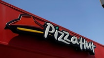The sign at a Pizza Hut location, which is owned by Yum Brands Inc, is pictured ahead of their company results in Pasadena, California U.S., July 11, 2016. REUTERS/Mario Anzuoni - S1AETPAXSEAA