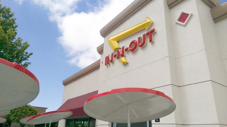 N-Out closed all Texas restaurants due to bun quality