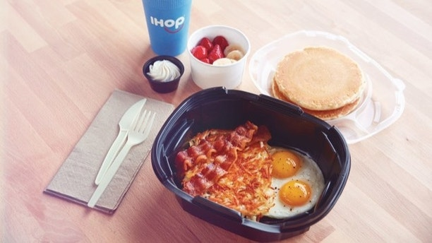 IHOP Restaurants teams with DoorDash to launch delivery from more than 300 locations across the U.S. (PRNewsfoto/IHOP)