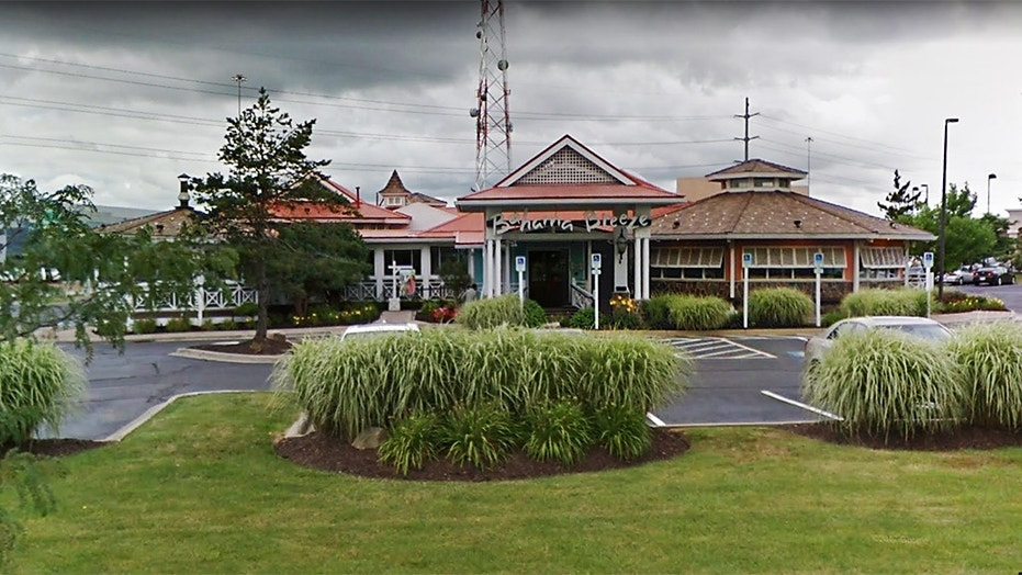 The lawsuit alleges restaurant managers at Bahama Breeze lied to police that the party of mostly sorority members threatened to leave without paying their checks.