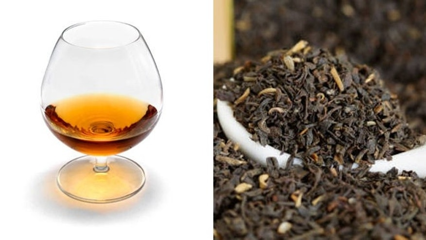 Brandy and Oolong tea leaves are two of the ingredients that make this toddy a hit.