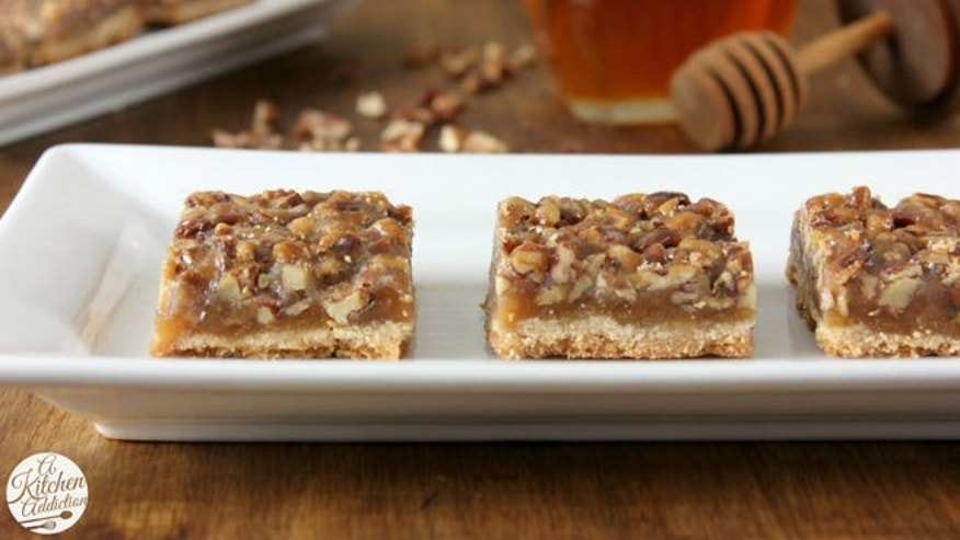 honey-pecan-pie-bars-w-name-1024x682.jpg