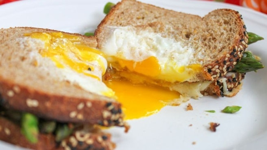 Egg-in-a-Basket-Grilled-Cheese-with-Asparagus-Close-Up-790x553.jpg